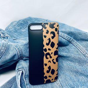 iPhone 7/8 Plus Case Brown Black Leopard Print